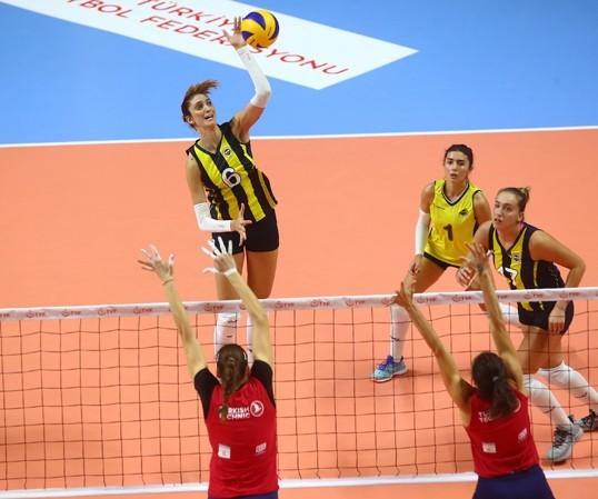 Fenerbahçemiz  hazırlık maçında THY'i 3-1 mağlup etti