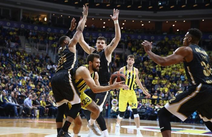 Fenerbahçe, Olimpia Milan'ı mağlup etti
